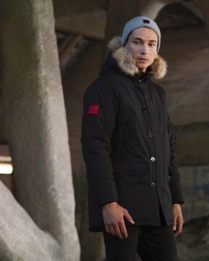 Billebeino Parka Coat Musta