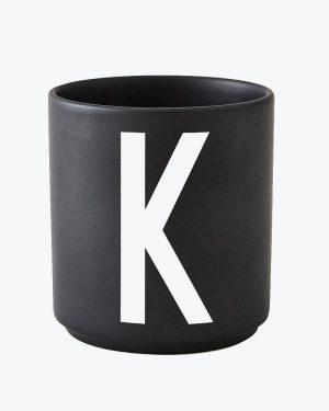 Design Letters Kuppi Musta