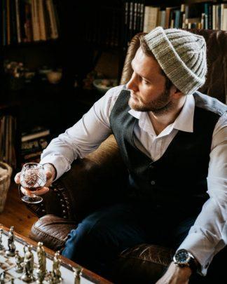 Miesten pipot, lippikset ja hatut