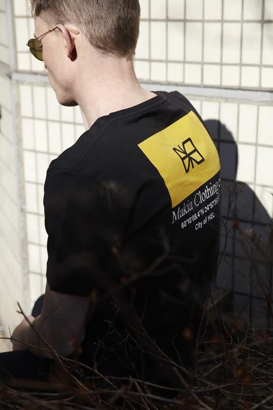 Makia Barrier T-Shirt Musta