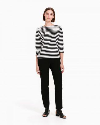 Naisten pitkähihaiset t-paidat ja trikoot