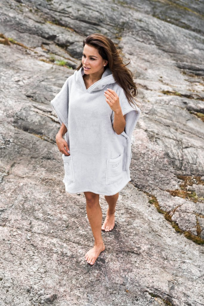 Luin Living Spa Poncho Pearl Grey