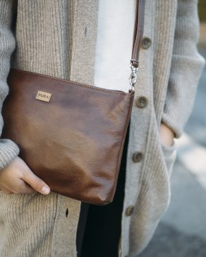 Pura Leather Clutch Brown