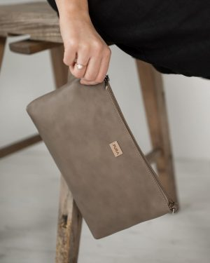 Pura Leather Clutch Light Brown
