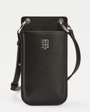 Tommy Hilfiger Essence Monogram Plaque Phone Wallet Black