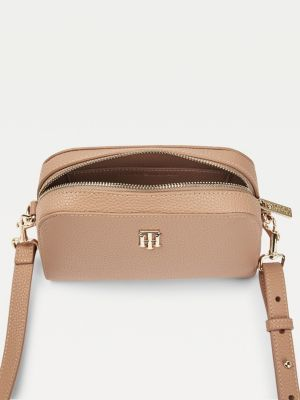 Tommy Hilfiger Essence Monogram Plaque Crossover Bag Oakmont.