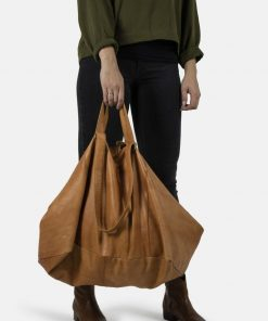 RE:DESIGNED Fie Urban Weekeng Bag Tan