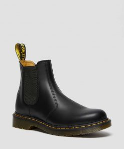 Dr. Martens 2976 Smooth Leather Chelsea Boots Black