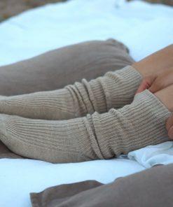 Balmuir Berry Ribbed Kashmir Socks Spelt